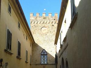 La torre del Borgo di mazzolla